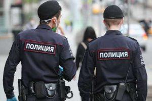 В Москве полиция пришла к родителям основателя The Insider